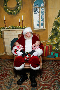 Pictures with Santa @Earthbound 12 1 2018-018