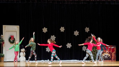 Ohana's Holiday Wishes: A Concert of Dance!