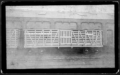 2009.018.01.018--Ohio Falls Car Mfg Co 7.75x4.5 cabinet card--NOFtJ&GI--wooden stockcar 301--Jeffersonville IN--no date