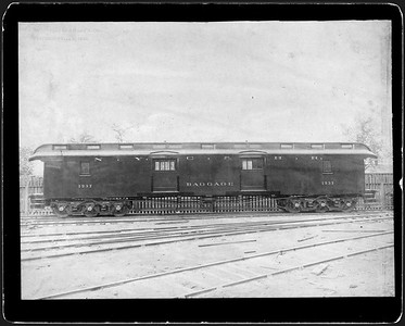 2009.018.01.031--Ohio Falls Car Mfg Co 9.25x6.75 cabinet card--New York Central & Hudson River--wooden baggage car 1937--Jeffersonville IN--no date