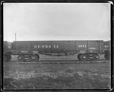 2009.018.01.013--Ohio Falls Car Mfg Co 9.5x7.75 cabinet card--Georgia Railroad--wooden gondola 3017--Jeffersonville IN--no date