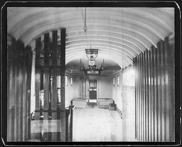 2009.018.01.041--Ohio Falls Car Mfg Co 9.25x7.25 cabinet card--unknonwn road--interior of baggage car--Jeffersonville IN--no date