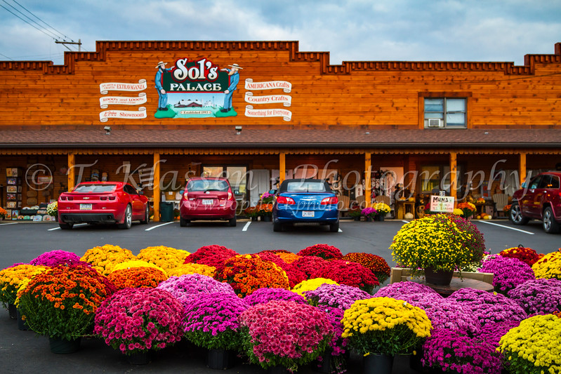 Sol's Place shopping mall in Berlin, Ohio, USA.