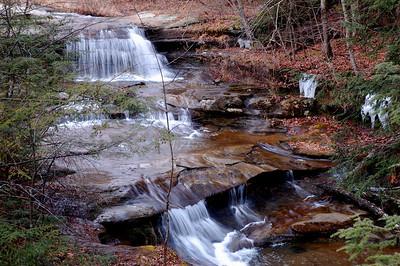 Stream above upper falls.