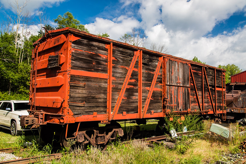 """Old Box Car with """"WOW"""""""