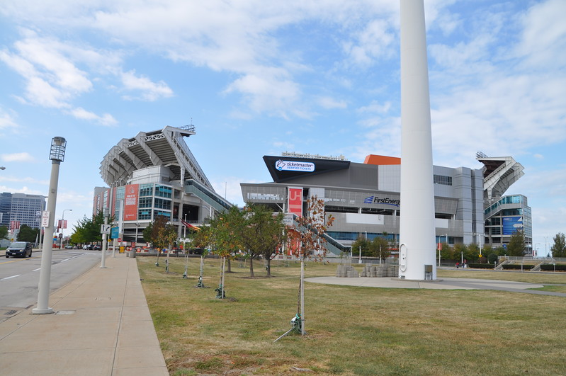 The Cleveland Browns football team plays here