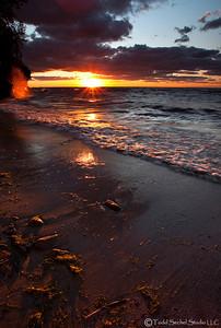 Sherod Park Sunset (2921) - Vermilion, Ohio