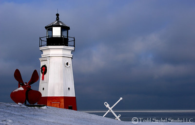 (12) Vermilion Lighthouse - Winter