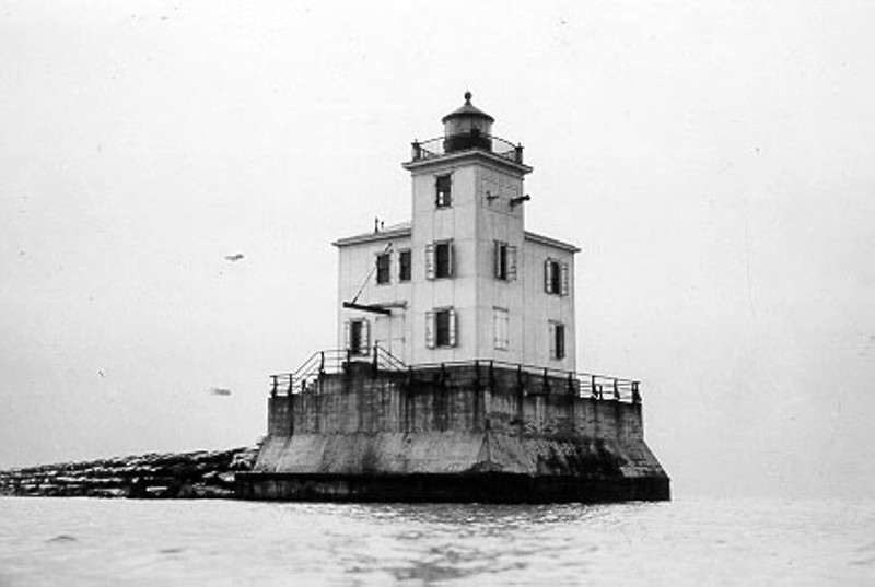 Old Coast Guard photo of the Fairport Harbor West Breakwater Lighthouse