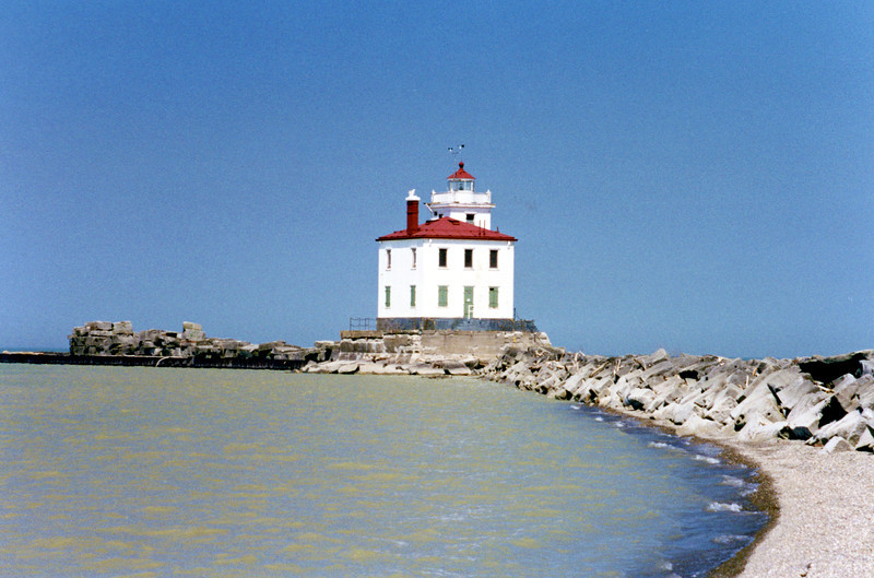 World War I delayed the construction of the new lighthouse until 1921.  It was finally completed and took over duties from the 1871 tower on June 9, 1925.  The frame of the lighthouse was prefabricated at the Buffalo Lighthouse Depot in New York and hauled to the site aboard the steamship Wotan.