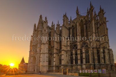 Sunset on the cathedral St-Pierre at Beauvais