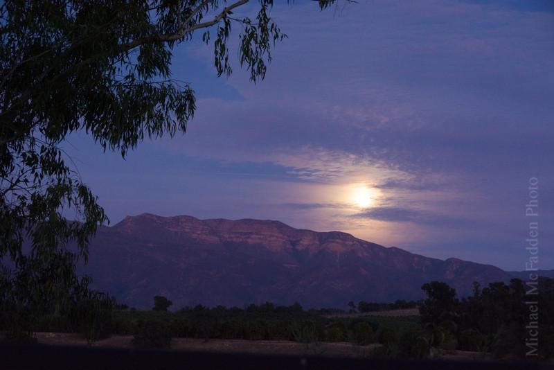 Moonrise Topa Topa 3