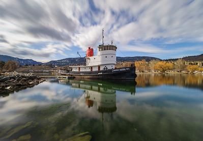 CN Lake Tug Long Exposure