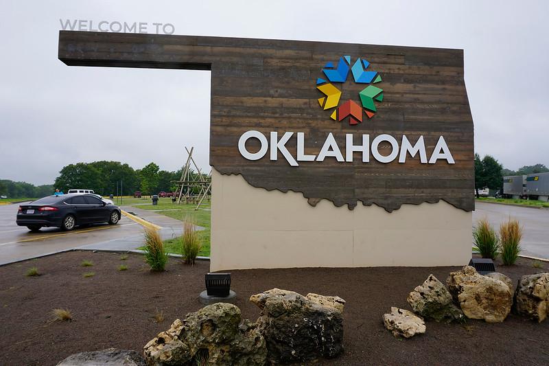 060121 Oklahoma sign (2)