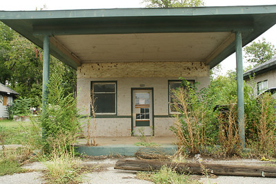 Former gas station in Blackwell
