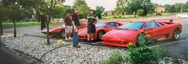 Diablo, Ferrari F40 and Ferrari 308 with George Evans in the middle