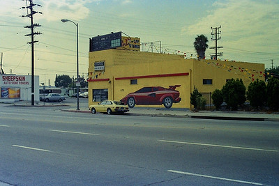 August 2, 1989 - Alpine ad on side of store in Torrance, CA