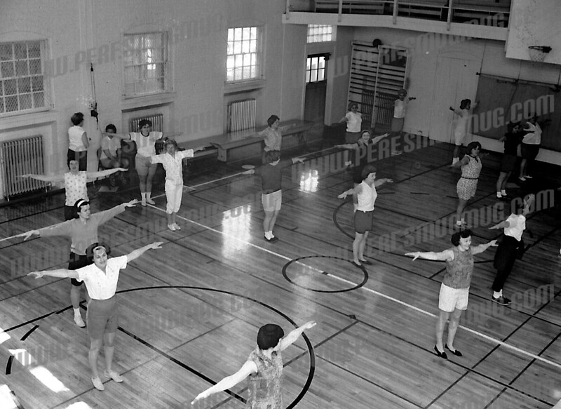 amsterdam YMCA gym-division st