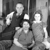 Streblows, Eric, Mary, Eileen 1939