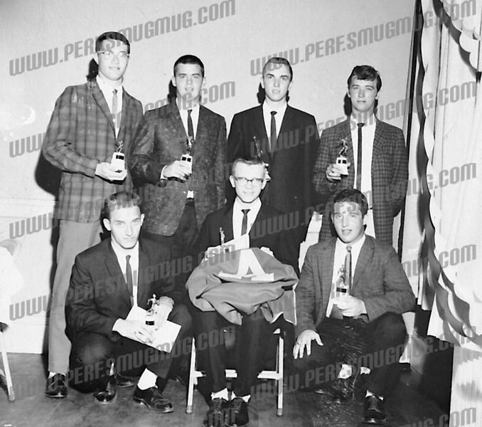 Standing L-R: Joe Ciccarino, Bob Nadler, Gary Blongewicz, ? .<br />  Bottom row L-R: ? , Rick Cetnar, ? .