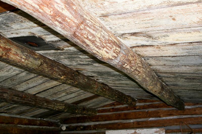 Primititve Log Cabin_SS7720