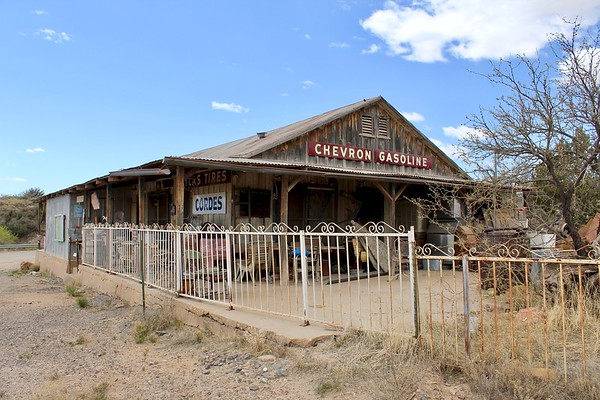 Historic store and gas station - Cordes, Arizona (2018)