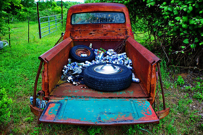 How do you tell if a pickup truck is from Texas?  The bed is filled with beer cans.
