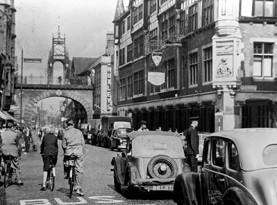 Eastgate St c 1955
