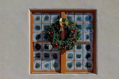 """Wreath Window"""