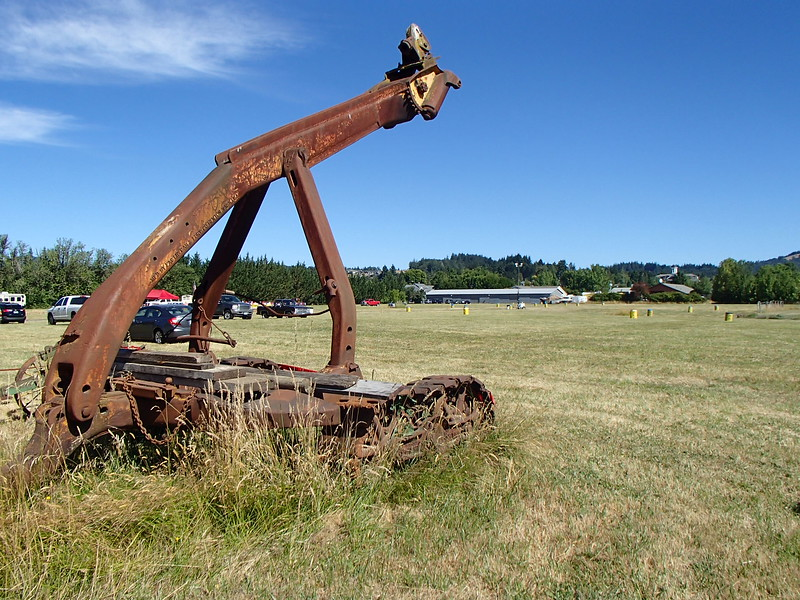 Willamette Arch at  Weist Logging Philomath, OR