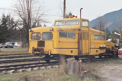 20031125 Crew Bus at Waas, BC