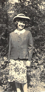 Ruth Askew Easter 1950 - 9 yrs old