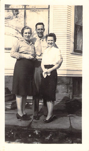 Hope Askew with Russell and Evelyn Askew