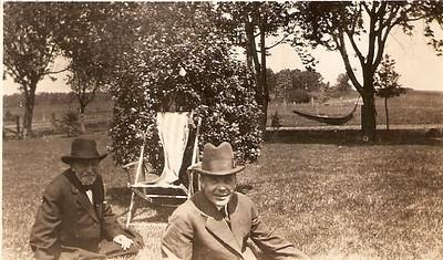 O.H. Bakken Family