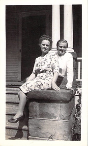 Ruth Kyllonen and Hope Askew Aug 1945
