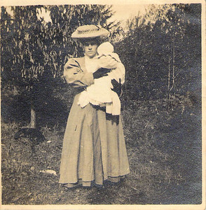 Helen Purvis, age 29 - with baby Hope