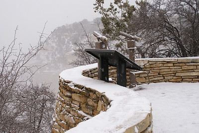 12-Grand_Canyon_lookout_by_JeanRicket