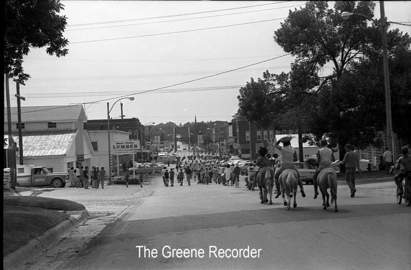 1970 sheet 62 Parade 825