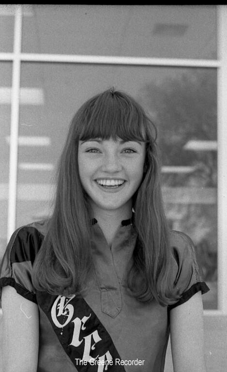 1973 sheet 19 girl 252