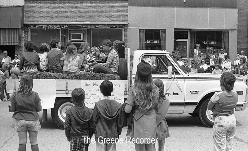 1974 RD Parade 326Way Station Float