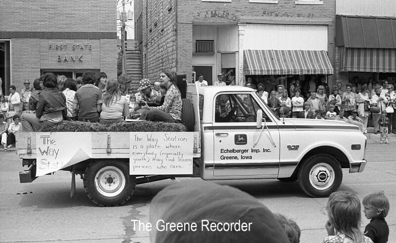 1974 RD Parade 325Way Station Float