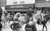1974 RD Parade 320horses