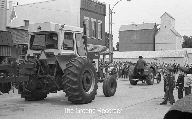 1974 RD Parade 311Tractors