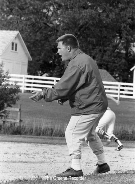 1975 Coach Bert Harris sheet 32 421