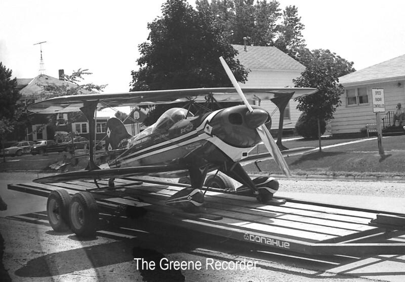 1981 Biplane in parade 661