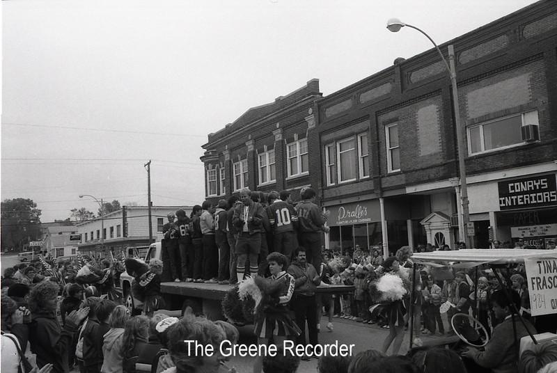 1985 Homecoming pep rally 147