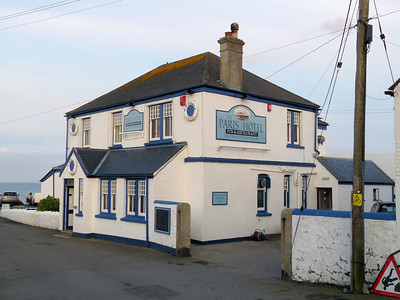 Paris Inn & Pub, Coverack