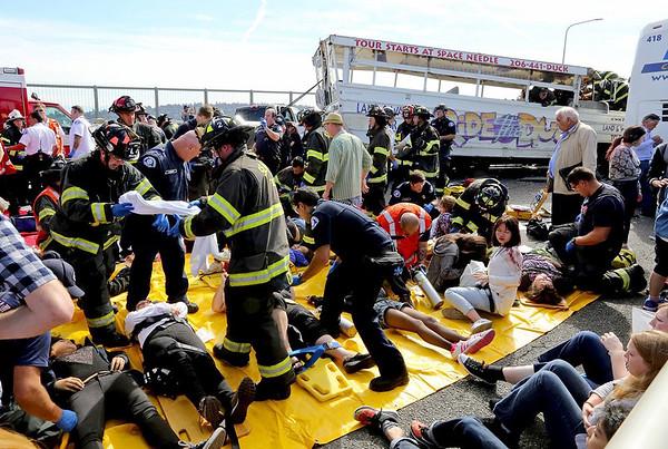 2015-09-24 Seattle bus crash kills four