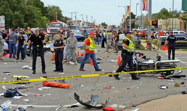 2015-10-24 3 killed in Oklahoma homecoming crash