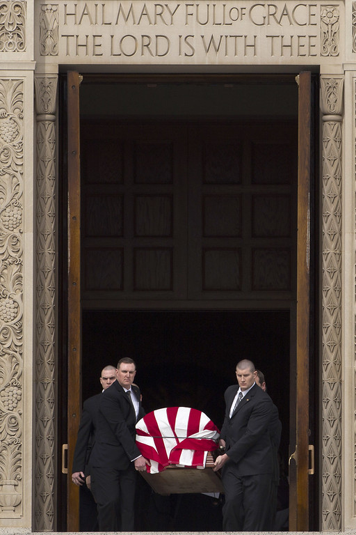 . WASHINGTON, DC - FEBRUARY 20: Pallbearers carry the casket of late Supreme Court justice Antonin Scalia down the steps of the Basilica of the National Shrine of the Immaculate Conception at the end of the funeral, February 20, 2016 in Washington, DC. Scalia, who died February 13 while on a hunting trip in Texas, layed in repose in the Great Hall of the Supreme Court on Friday and his funeral service will be at the basilica today.  (Photo by Drew Angerer/Getty Images)